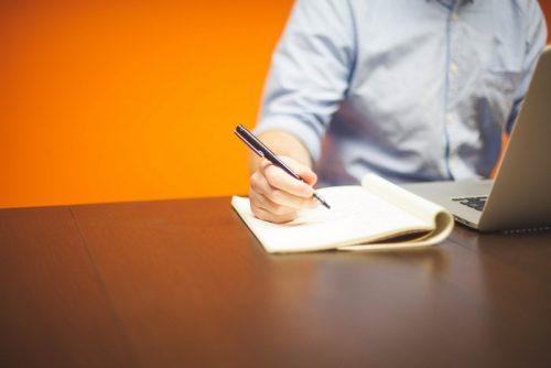Comment rédiger du bon contenu éditorial pour votre site web d'entreprise ?